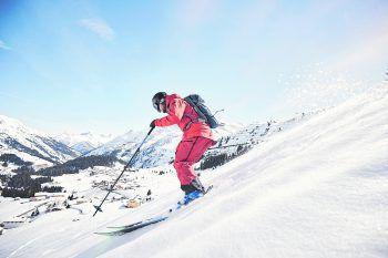 Unzählige Powder-Runs im naturschneereichsten Skigebiet der Alpen - Warth-Schröcken.  Fotos: Lars Golling / Warth-Schröcken