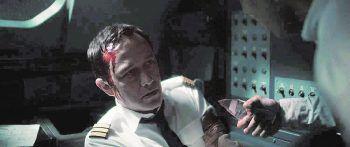 """<p class=""""title"""">7500</p><p>Film, Thriller. Ein Flug von Berlin nach Paris wird für Besatzung und Pasasgiere ein Überlebenskampf, als eine Gruppe Männer versucht, ins Cockpit einzudringen. Mit Joseph Gordon-Levitt. Ab 26. Juni.</p>"""