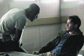 """<p class=""""title"""">Bastille Day</p><p>Film, Action. Ein CIA-Agent und ein gerissener Taschendieb decken gemeinsam eine Verschwörung auf, die den französischen Staatsapparat zu erschüttern droht. Mit Idris Elba, Richard Madden und Charlotte Le Bon. Ab 23. Juni verfügbar.</p>"""