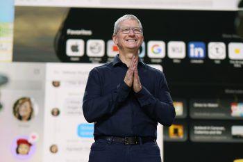 Die ersten Macs mit Apples eigenen Prozessoren sollen noch in diesem Jahr in den Handel kommen, teilte Apple-Chef Tim Cook im Rahmen der WWDC mit. Foto: Apple