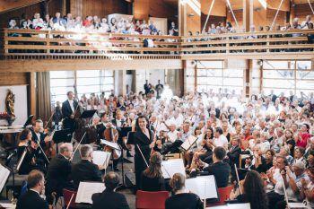 Die Solisten werden unter anderem von ausgesuchten jungen Profi Musikern von Spitzenorchestern begleitet.Fotos: handout/Lech Zürs Tourismus