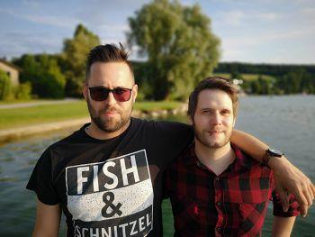 Englische Rock-Stimme trifft österreichische Akustik-Gitarre im Löwen in Bludenz.