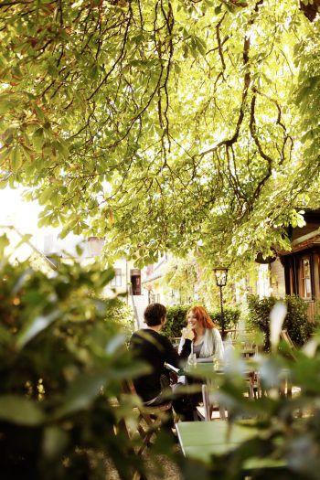 """<p class=""""title"""">               Oh, Tokio!             </p><p>Vom Nahen geht's etwas weiter in den Fernen Osten – Im 19. Bezirk wurde ein zauberhafter japanischer """"Teegarten"""" errichtet. Mit Teehaus und Wasserlauf – ganz im Stil fernöstlicher Gartenkunst.</p>"""
