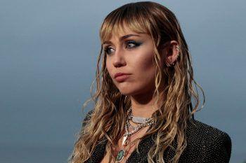"""<p class=""""title"""">Miley Cyrus</p><p>In Instagram-Livestreams gewährt die 27-Jährige täglich private Einblicke in ihr Leben. Unterhaltung bieten auch die wechselnden Talkgäste von Ellen DeGeneres bis hin zu Demi Lovato oder Selena Gomez.</p>"""
