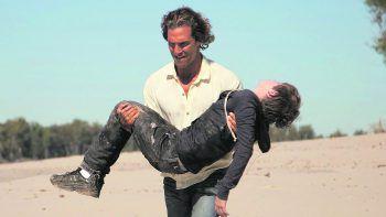 """<p class=""""title"""">Mud</p><p>Film, Drama. Er wurde aus Leidenschaft zum Mörder. Und obwohl er von der Polizei gejagt wird, hat er nur ein Ziel: Die Nähe zur Frau seines Herzens. Mit Matthew McConaughey und Reese Witherspoon. Ab 28. Juni.</p>"""