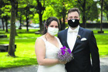 Rebecca und Manuel haben geheiratet – herzlichen Glückwunsch zur Hochzeit und zu einem unserer Gutscheine aus dem Handel!