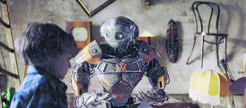 """<p class=""""title"""">Robo</p><p>Film, Abenteuer/Kinder. Mitja kann mit Robotern nicht viel anfangen – bis er auf Robo trifft, der aus dem Labor von Mitjas Eltern ausgebrochen ist, um seine Familie zu suchen. Zu sehen ab heute.</p>"""