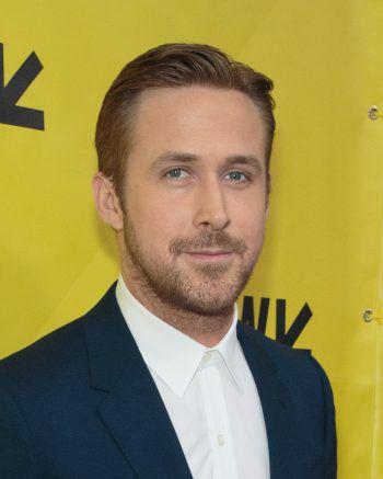 """Ryan GoslingAufgrund von Mobbing-Vorfällen wurde der """"Sexiest Man Alive"""" des Jahres 2014 von seinen Eltern zuhause unterrichtet. Zum Schulabschluss kam es nie."""