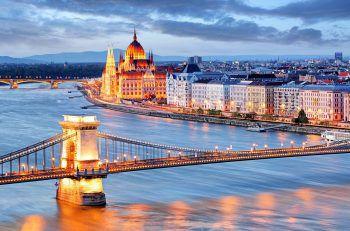 """<p class=""""caption"""">Stadtbesichtigungen in Budapest, Wien und Bratislava sind möglich.</p>"""