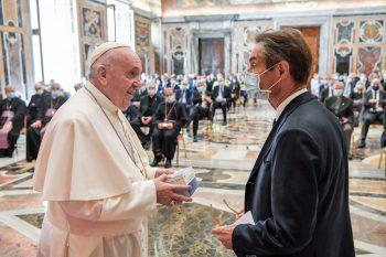 <p>Vatikan. Dankbar: Papst Franziskus bedankt sich bei den Rettungskräften der Lombardei.</p>