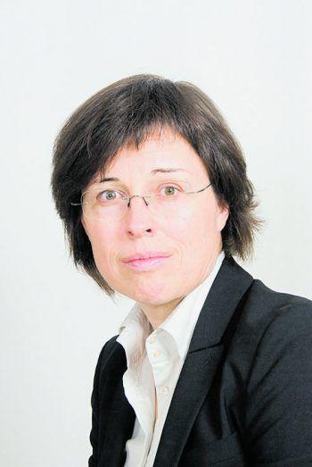 """<p class=""""title"""">               Zur Person: Dr. Eva Grabherr             </p><p>Alter, Wohnort: 57, Höchst</p><p>Funktion: Historikerin und Judaistin</p><p>Geschäftsführerin """"okay.zusammen leben/Projektstelle für Zuwanderung und Integration"""", Toni-Russ-Preisträgerin</p><p>Hobbys: Nachdenken, Ziegen, Berge</p><p />"""