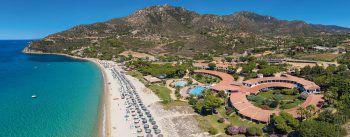 """<p class=""""title"""">               Hotel Cormoran****             </p><p>Das Hotel Cormoran ist eines der beliebtesten Hotels in Südsardinien mit herzlichem Service und toller Strandlage. Für Familien und Paare perfekt geeignet. Eine Woche inklusive Flug, Flughafenparkplatz, Doppelzimmer Gartenseite und Frühstück, zum Beispiel am 19. September, 3. oder 10. Oktober gibt es bei High Life Reisen ab 1253 Euro pro Person.</p>"""