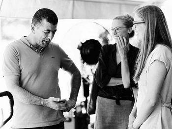 Bereits vor der Pandemie trafen Dragana, Julia und das Team zahlreiche Menschen aus Feldkirch, die sie nun mit ihrem Projekt connecthumans porträtieren.Foto: connecthumans