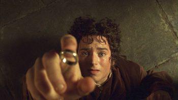Die Produktion von Amazons Mittelerde-Serie ist wieder angelaufen. Ob es ein Wiedersehen mit Frodo (Bild) und Co. gibt, ist noch unbekannt. Elijah Wood hat allerdings bereits sein Interesse an einer Rückkehr bekundet.Foto: New Line Cinema/Reuters, AP