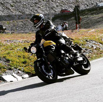 """<p class=""""caption"""">Ein paar Runden mit dem Motorrad: So vertreibt sich Laurin seine Freizeit.</p>"""