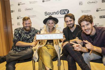 """<p class=""""caption"""">Junipa Gold holten sich den Newcomer-Award.Fotos: Shourot, handout/ORF Vorarlberg</p>"""