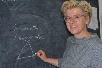 """<p class=""""caption"""">Kriemhild Büchel-Kapeller sieht der Zukunft trotz Corona """"mit realem Optimismus, ohne rosarote Brille"""" entgegen.</p>"""