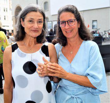 """<p class=""""caption"""">Marlene Weber mit Sabine Janschetz.</p>"""