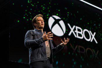 """Microsofts Gaming-Chef Phil Spencer ließ offen, ob Spiele wie """"The Elder Scrolls 6"""" nach der Übernahme von Zenimax exklusiv für die Xbox erscheinen werden.Bilder: Reuters, Microsoft, Zenimax, Bethesda, id"""