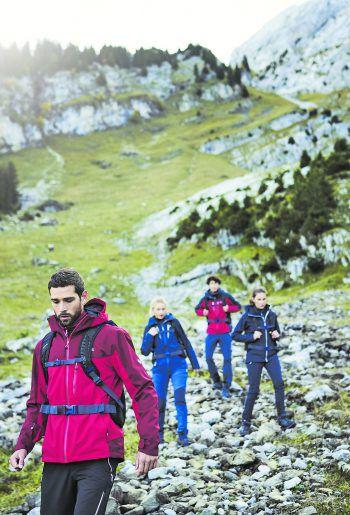 Perfekt ausgerüstet für die Wanderung: Bei Panto Outdoor findet man alles, was man für das Abenteuer braucht.Fotos: handout/Panto Outdoor