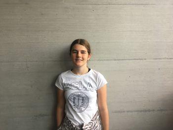 """<p>Svenja, 13, Dornbirn: """"Ich fand das Sommercamp fein und es hat mir super gefallen. Mir ist aufgefallen, dass das Sommercamp spielerisch aufgebaut ist. Das macht den Stoff übersichtlich und man hat ein besseres Verständnis dafür. Ich bin froh, dabei gewesen zu sein.""""</p>"""