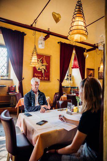 WANN & WO traf Nussbaumer in der Palast Gastronomie zum Sonntags-Talk.Fotos: Sams