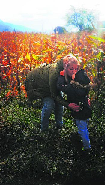 Da hat sich jemand lieb: Jenny mit Sohn Elias.