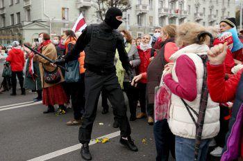 Proteste der Senioren in Minsk.Foto: APA
