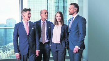 Bad Banks – Staffel 2Netflix, Serie, Drama/Thriller. Diese Serie über Investmentbankerin Jana (Paula Beer), deren neuer Arbeitgeber ebenso verwerflich sein könnte wie der letzte, stellt den Sexismus in der Finanzbranche an den Pranger. Läuft ab sofort.