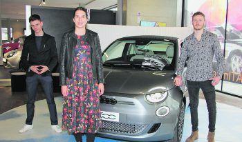 Das Fiat-Verkaufsteam vom Autohaus Rohrer in Rankweil (v.l.): Luca Feny Ludescher, Jennifer Rotheneder, Riccardo Salzmann.