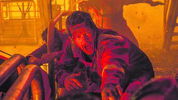 """<p class=""""title"""">Deepwater Horizon</p><p>Film, Drama. Regisseur Peter Berg rekonstruiert die Geschehnisse auf der BP-Ölplattform """"Deepwater Horizon"""" und erzählt die Geschichte jener Männer, die ihr Leben riskierten, um die unvermeidliche Katastrophe noch abzuwenden. Mit Mark Wahlberg und Kurt Russell. Ab Dienstag.</p>"""