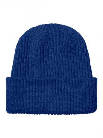 Die blaue Beanie passt zu jedem Outfit. Gesehen bei Vero Moda um 12,99 Euro.