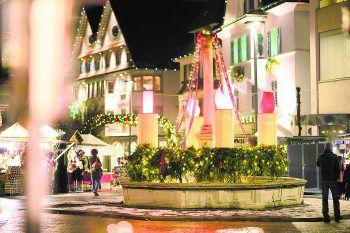 """<p class=""""caption"""">Die Dornbirner Innenstadt erstrahlt auch heuer wieder in weihnachtlichem Glanz.</p>"""