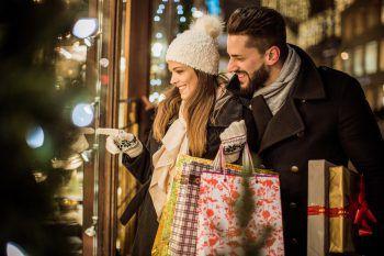 Die Weihnachtseinkäufe weiterhin regional in den Montafoner Geschäften erledigen.