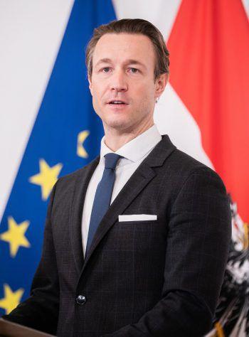 Finanzminister Gernot Blümel (ÖVP) fordert im Falle eines Ski-Lockdowns eine Auszahlung der EU an Österreich.Foto: APA