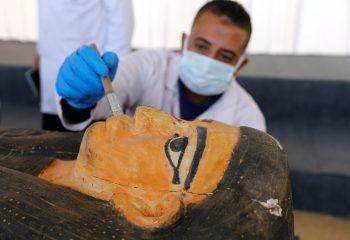 <p>Kairo. Sensationell: Über 100 bestens erhaltene und über 2500 Jahre alte Sarkophage wurden in Ägpten entdeckt.</p>