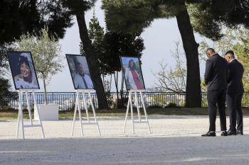 <p>Nizza. Trauer: Regierungsmitglieder und Angehörige gedenken den drei Opfern des Terroranschlags in einer französischen Kirche.</p>