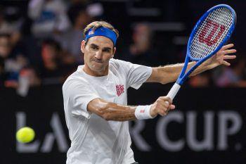 Roger FedererDer Schweizer Tennisspieler führte nicht nur die Weltrangliste bislang am längsten an und zählt somit zu den besten Tennisspielern weltweit, sondern ist mit 106,3 Millionen US-Dollar laut Forbes-Liste der bestbezahlte Sportler der Welt.