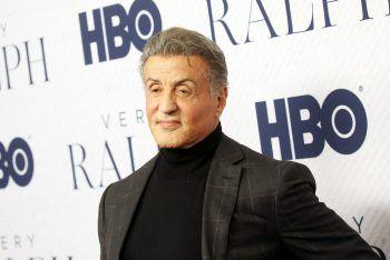 """<p class=""""title"""">               Sylvester Stallone             </p><p>Er ist einer der größten Action-Stars der Welt, doch bevor """"Sly"""" ins Filmgeschäft einstieg, ging er der Malerei nach. Schon als Kind war der """"Rambo""""-Darsteller ein künstlerisches Talent. Rund 300 Werke sollen existieren.</p>"""