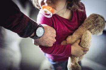 Alle Details zur Kampagne gibt es unter www.vorarlberg.at/kinderschutz. Symbolfoto: Sams