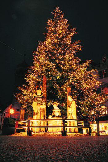 Auch heuer erstrahlt die Landeshauptstadt wieder in weihnachtlichem Glanz für alle Besucher. Fotos: handout/Bregenz Tourismus; Alexander van Stipelen