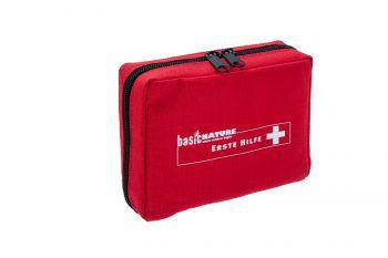 """<p class=""""caption"""">Das praktische Erste Hilfe-Set gehört in jeden Rucksack. Preis: 14,99 Euro.</p>"""