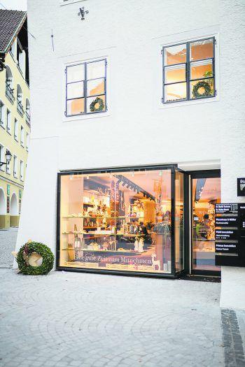 Das weihnachtliche Ambiente lässt den Einkaufsbummel zum Erlebnis werden. Fotos: Eva Sutter