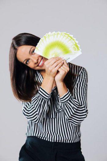 Der Gutschein amKumma ist das ideale Geschenk, und kann in über 280 Mitglied-betrieben eingelöst werden. Foto: handout/WIGE Götzis