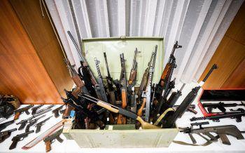 """Die 70 (halb-) automatischen Waffen waren für die rechtsextreme Szene in Deutschland bestimmt, um eine """"rechtsradikale Miliz"""" aufzubauen.Foto: APA"""