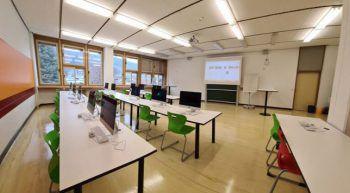 Die Klassenzimmer der HAK und PHAS Bludenz sind in modernstem Zustand.