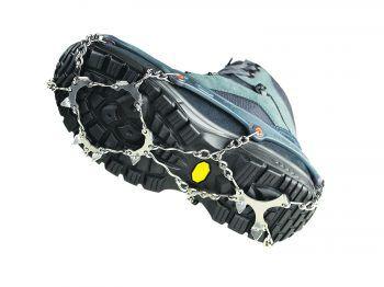 """<p class=""""caption"""">Die Schuhketten Pro von Snowline bieten perfekten Grip auf Schnee und hohe Sicherheit auf Eis. In Sekundenschnelle sind sie an- und ausgezogen und können in einer praktischen Packtasche verstaut werden. Preis 49,99 Euro.</p><p class=""""caption"""" />"""