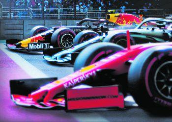 Drive To SurviveNetflix, Frühjahr/Sommer 2021. Die Formel-1-Saison 2020 hatte es in sich. Netflix war wieder dabei und zeigt die Dramen vor und hinter den Kulissen.