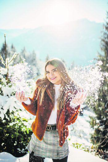 WANN & WO-Model Sarah war auf Shopping-Tour im Montafon und hat sich für den Winter eingekleidet.