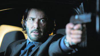 John WickFilm, Action. Eigentlich wollte sich Hitman John Wick (Keanu Reeves) zur Ruhe setzen – doch dann trifft er auf seinen alten Boss. Jetzt verfügbar.